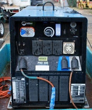 400 Amp Miller Welder E/Driven