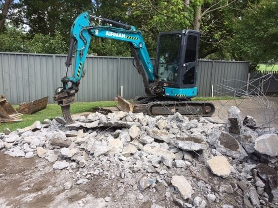Coastal Earthmoving's new ripper in action