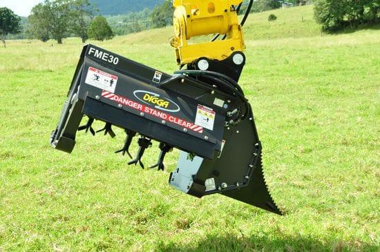 "724mm (28"") Flail Mower"