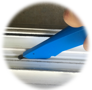 groova crevice tool for cleaning sliding door and window tracks