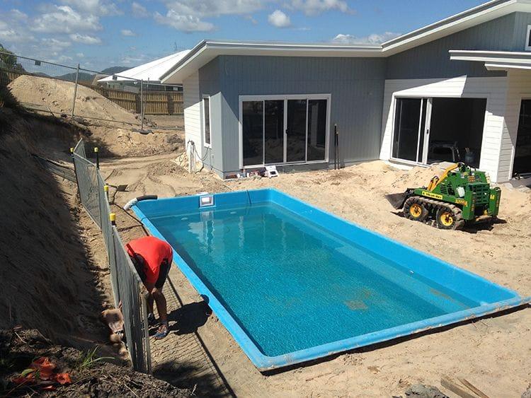 Dynamic pool designs fibreglass swimming pool builders - Fibreglass swimming pool bond beam ...