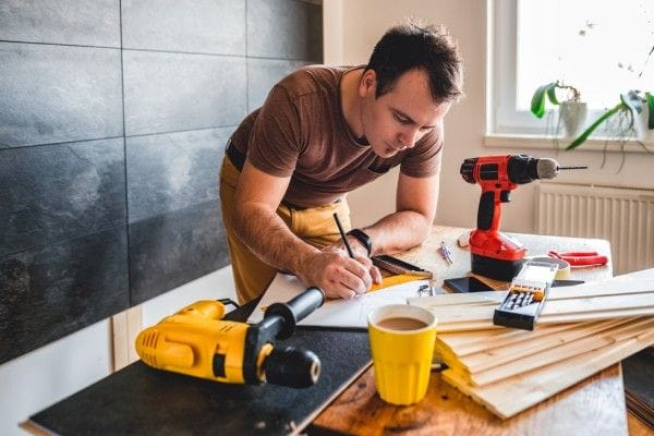 How to Hire The Best Home Reno Crew for Your Next Project - The Carpenter