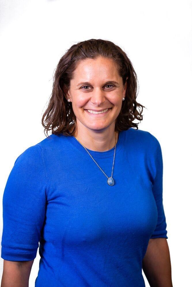 Dr Lisa Singer | Small Animal Internal Medicine | Veterinary Specialist Services
