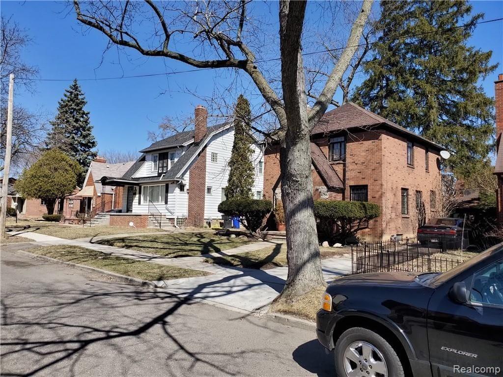 15428 Ferguson St, Detroit 48227
