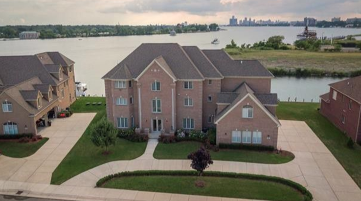 Detroit's Largest House for Sale at $2.5 Million