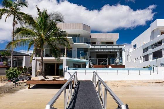 Macintosh Island