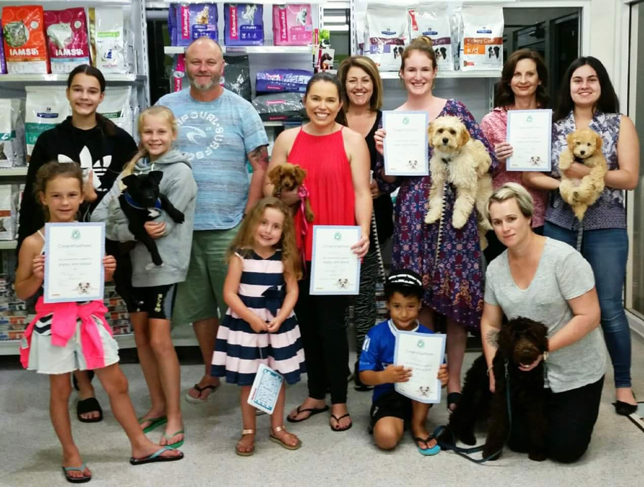 All Terrigal Vet Puppy Pre-School graduates learn important socialisation skills and develop basic manners like sit and stay