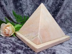 Pyramid Urn pink small 01
