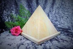 Pyramid Urn pink medium 01