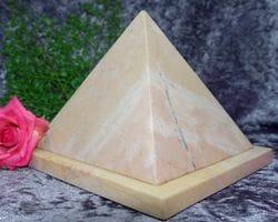 Pyramid Urn pink small 03