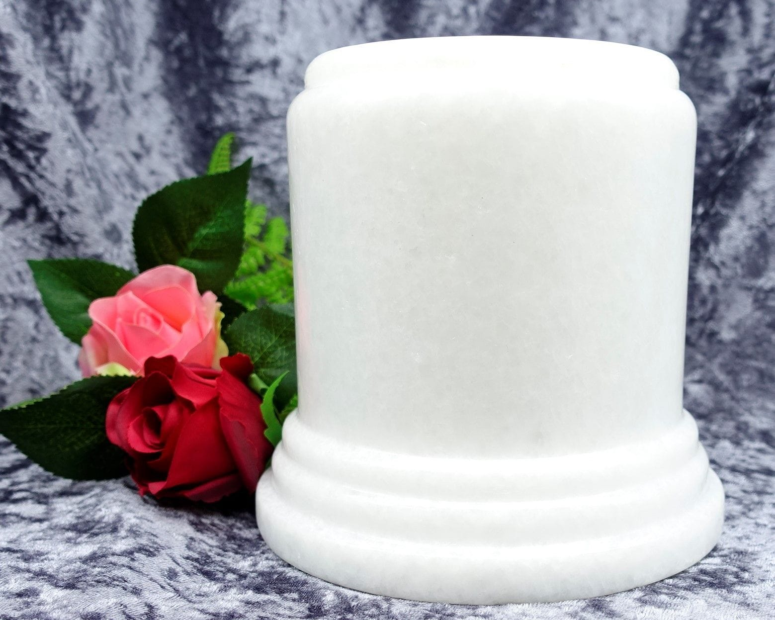 Pillar Urn white large 06