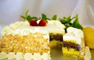 Pasticceria Francesco's speciality Italian Continental Cake