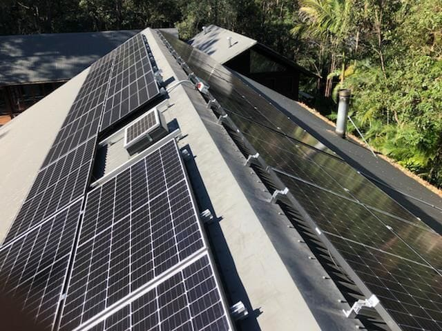 10.395 residential solar with solar edge and seraphim