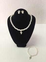 Flower necklace,earring and bracelet set.