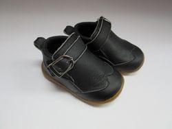 Black dress shoe