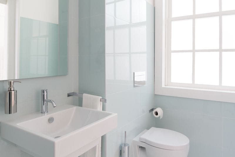 How to Make a Small Bathroom Pop