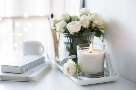 Using Candles for Unique Home Décor
