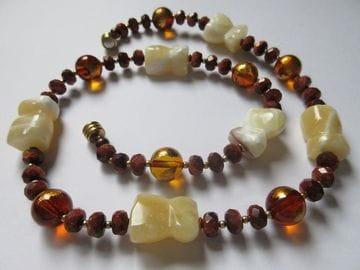 Sandstone, jade, gold-leaf topaz colour magnetic closure