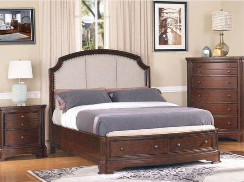 Chateaux Queen Bed Main