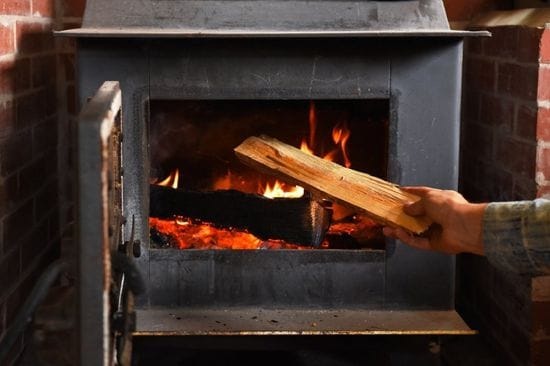 How to Start a Wood Stove in 5 Easy Steps