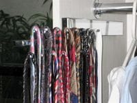 Chrome slide out tie rack - 18 bars