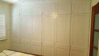 2 pack painted hinged doors with overhead cupboards