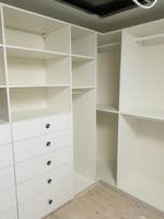 White WIR with closed drawers