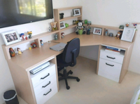 Corner desk unit with shallow display shelving
