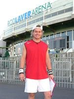 Lleyton Hewitt look-a-like