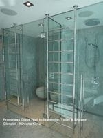 Frameles Shower Screen and Frameless Enclosure to the Toilet.