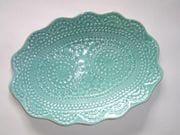 Oval doily platter