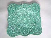 Square doily platter