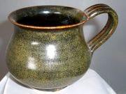 Mug in tea dust glaze