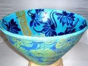 Lotus bowl in turquoise