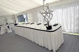 BLACK AND WHITE BRIDAL TABLE